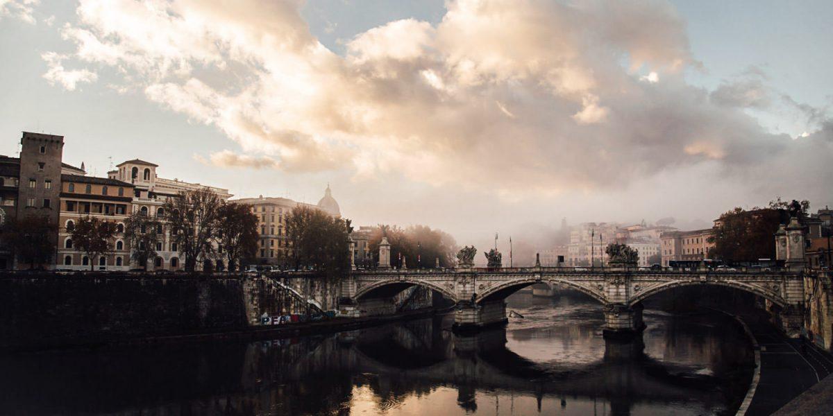 Romantic-italian-elopement-Photography-QuinceandMulberryStudios