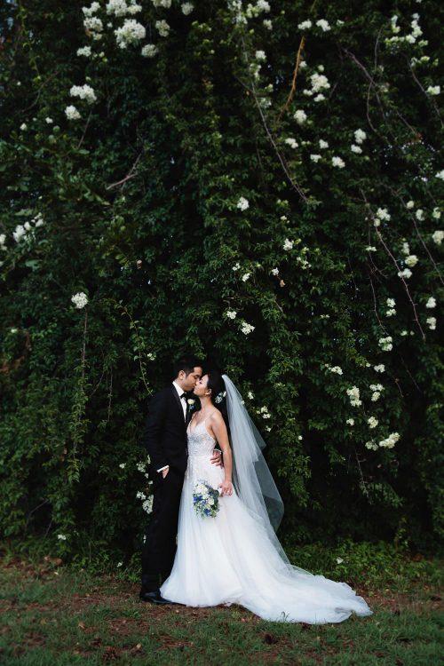 natural, fun, romantic-wedding-photography at Sanctuary Cove-QuinceandMulberryStudios